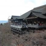 京都の清水寺を目指しRICOH GRにワイコンを装備して撮ってきた
